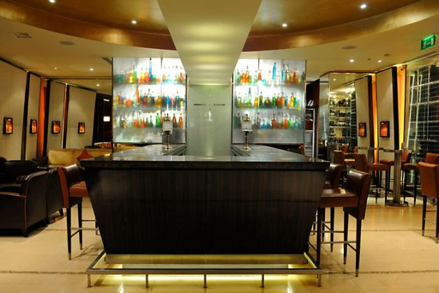 london-restaurant-mandarin-bar